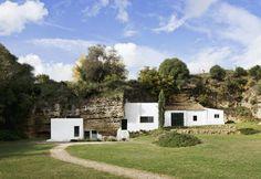 Casa cueva/ Cave house