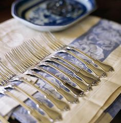 silver forks on blue Traditional Dining Rooms, Wine Case, Blue And White China, French Kitchen, Home Comforts, Butler Pantry, Blue Hydrangea, Southern Belle, Wedding Wishes
