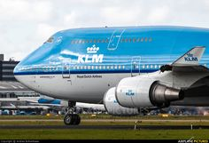 KLM Boeing photo by Andres Bolkenbaas Boeing 747 400, Boeing Aircraft, Anglia, Commercial Aircraft, Airplanes, Amsterdam, Catering, Dutch, Aviation