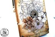 Easel Style Album with Frank Garcia for Prima using Printery collection and Kraft Album