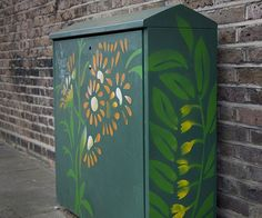 Collective adds stencil art to unsightly telecoms boxes in north London - News
