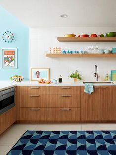 Modern Home Decor Bedroom Modern Retro Kitchen, Mid Century Modern Kitchen, New Kitchen, Kitchen Design Open, Kitchen Layout, Diy Kitchen Decor, Kitchen Interior, Kitchen Ideas, Layout Design