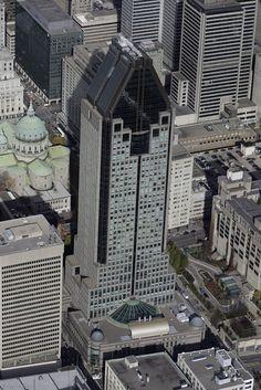 Vue aérienne du 1000 de la Gauchetière Montreal at La Gauchetière