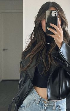 Basic Outfits, Teen Fashion Outfits, Look Fashion, Cool Outfits, Summer Outfits, Casual Outfits, Madison Beer Style, Hippie Hair, Halloween Fashion