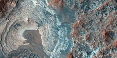 NASA Mars Scientists Answer Burning Questions About Flowing Water Discovery