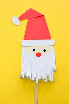 This project is a cute paper santa puppet for the kids to make and play wit Cool Christmas Trees, Christmas Tree Crafts, Kids Christmas, Holiday Crafts, Santa Crafts For Kids To Make, Pinterest Christmas Crafts, Santa Template, Puppet Making, Adult Crafts