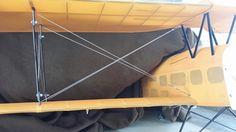 Een vliegtuig wat echt de lucht in kan. Opgespannen met staalkabel van de de stunter! http://www.staalkabelstunter.com/staalkabel-20-meter-1mm.html