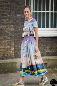 Prints In Street Style. Head to toe Mary Katrantzou on #SofiaSanchez in London.