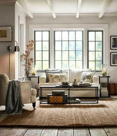 Chick clean line styling #living rooms #styling ideas