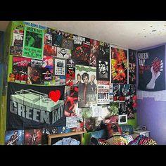 Green day bedroom