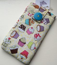 Pale Yellow Cupcakes Phone Case