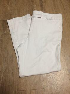 Motherhood Maternity White Capri Pants Size Medium M Stretch Waist #MotherhoodMaternity #CaprisCropped