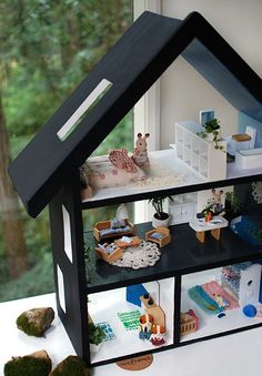 How to paint a doll house and furnish it with repurposed objects, miniature live plants, and handmade decor. How to paint a doll house and furnish it with miniature live plants and handmade decor. Upcycle an old dolls house with a Scandi style DIY. Doll Furniture, Dollhouse Furniture, Miniature Furniture, Repurposed Furniture, Furniture Plans, Diy Dollhouse, Dollhouse Miniatures, Cardboard Dollhouse, Homemade Dollhouse