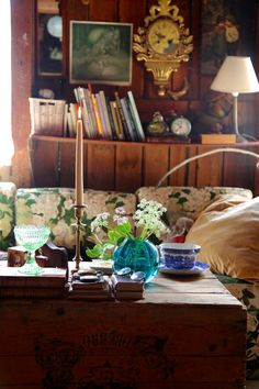 kammebornia.se Hygge, Scandinavian, Table Settings, Painting, Furniture, Home Decor, Decoration Home, Room Decor, Painting Art