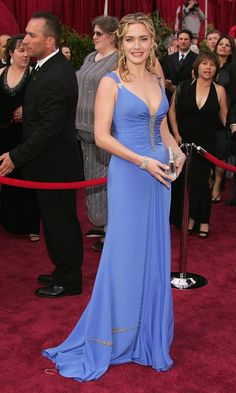 Kate Winslet's Oscar Dresses, Ranked| In Badgley Mischka (2005)