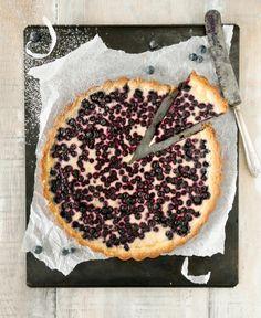 Mustikkapiirakka // Blueberry Pie Food & Style Emilia Kolari Photo Timo Pyykkö www. Baking Recipes, Cake Recipes, Dessert Recipes, Finnish Cuisine, Finland Food, Finnish Recipes, Sweet Pie, Let Them Eat Cake, I Love Food
