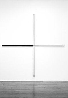 Harvey Quaytman was een geometrisch abstracte… White Interior Design, Contemporary Paintings, Decorative Paintings, Art Abstrait, Geometric Art, Geometric Designs, Op Art, Minimal Design, Installation Art
