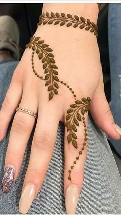 Henna Tattoo Designs Simple, Basic Mehndi Designs, Finger Henna Designs, Henna Art Designs, Mehndi Designs For Beginners, Mehndi Designs For Girls, Mehndi Designs For Fingers, Dulhan Mehndi Designs, Latest Mehndi Designs