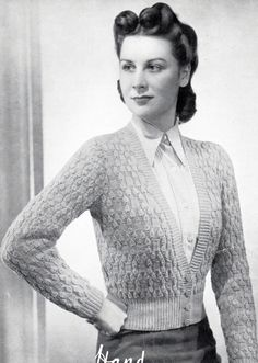 Trendy knitting patterns for women cardigan inspiration ideas Vintage Knitting, Lace Knitting, Knitting Patterns, Knitting Ideas, Crochet Pattern, 1940s Fashion, Vintage Fashion, Edwardian Fashion, Vintage Glamour