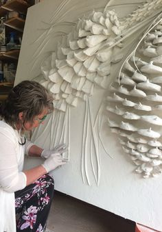 View the Gallery of Elite Artistry by Ellie here – Low / Bas Relief Sculptures to relieve stress & create beautiful art – Classes available in Portland, OR. Wall Sculptures, Sculpture Art, Pintura Graffiti, Plaster Art, Plaster Crafts, Art Diy, Texture Painting, Art Techniques, Clay Art