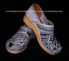 Dansko Clogs size 38 periwinkle custom painted henna by Behennaed