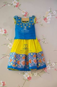 - 1 year)For queries/ price details Whats App/call please mail attejasarees 25 October 2017 Kids Dress Wear, Dresses Kids Girl, Kids Outfits, Baby Dresses, Kids Blouse Designs, Simple Blouse Designs, Baby Dress Design, Frock Design, Kids Lehenga Choli