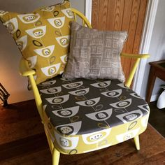 Classic stylish original Ercol Windsor Easy Chair, stripped, re-painted in brilliant gloss yellow, re-webbed, new cushions with new upholstery. Ercol Furniture, Vintage Furniture, Windsor Chairs, Living Room Interior, Armchairs, Furniture Makeover, Project Ideas, Upholstery, New Homes