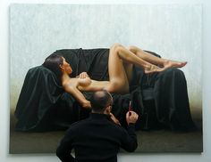 Introspectiva 140 x 180 cm pintando 02 HYPER-REALISTIC PAINTING BY OMAR ORTIZ