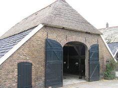 De achterkantvan de boerderij - Verbouwde boerderij Bathmen