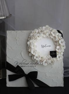 ウェルカムボード Flower Canvas, Flower Frame, My Flower, Flower Art, Diy Wedding, Wedding Gifts, Wedding Day, Wedding Welcome Board, Diy Fragrance