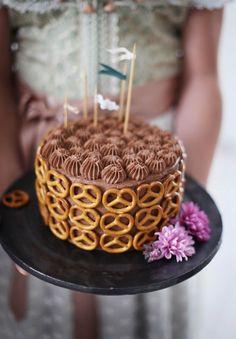 Miss Klein: Oktoberfest chocolate cake Oktoberfest Party, Cake Cookies, Cupcakes, German Bakery, Festivus, Piece Of Cakes, Caramel Apples, Chocolate Cake, Cake Decorating