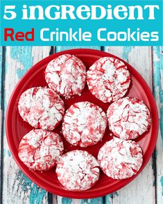 Red Cookies!  These tasty crinkles are so easy to make, take just 5 ingredients, and are perfect to make year round!  Plus, they're so delicious, too! Delicious Cookie Recipes, Easy Cookie Recipes, Easy Recipes, Popular Recipes, Diet Recipes, Easy Meals, Yummy Food, Memorial Day Desserts, Memorial Day Foods