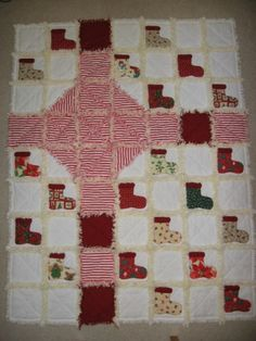 Free rag quilt sewing pattern @ http://www.patternmart.com/pattern/9862/FREE+Gift+Wrapped+Rag+Quilt+E-Pattern+PM
