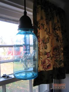 How to make this mason jar pendant. Crazy how easy it is :)