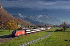 Another shot of the loco-hauled, non-push-pull trains on the Geneva-Brig route - which was my main goal for that day. IR 1728 from Brig to Genève-Aéroport is seen passing Versvey, Swiss Railways, Corporate Identity Design, Speed Training, Rolling Stock, Locomotive, Switzerland, Signage, Landscapes, World