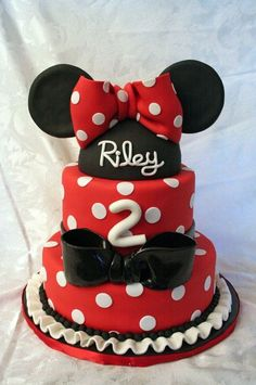 New Birthday Cake Black Minnie Mouse 35 Ideas - Birthday Cake Blue Ideen Mickey Cupcakes, Minnie Mouse Birthday Cakes, New Birthday Cake, Red Minnie Mouse, Minnie Mouse Cake, Birthday Parties, Birthday Ideas, Mini Mouse, Birthday Stuff