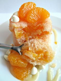 3-2-1 Mandarin Orange Cake- individual orange cakes studded with mandarin orange bits and topped with creamy white chocolate syrup amazingly cooks in less than a minute in the microwave!|The Monday Box