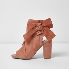 River Island Pink tie side shoe boots ($120) ❤ liked on Polyvore featuring shoes, boots, ankle booties, pink, shoes & boots, women, river island boots, pink boots, block heel boots and peep toe block heel boots