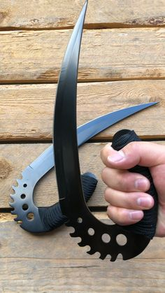 Chronicles of Riddick Blades - Messer Tactical Knives, Tactical Gear, Ninja Weapons, Weapons Guns, Zombie Apocalypse Weapons, Pretty Knives, Cool Knives, Swords And Daggers, Knives And Swords