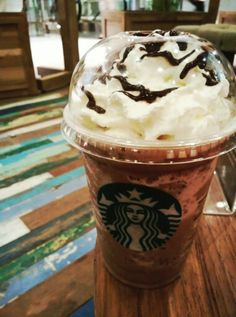 Chocolate chips cream by Starbucks.. A sweet treat for a sweet Saturday..