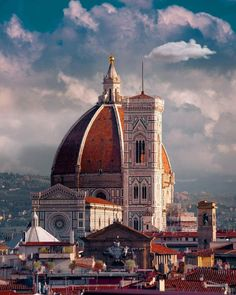 florence - #travel   italy - city - italian - europe - beautiful - eurotrip - wanderlust - trip - discover places - vacation - adventure - history - explore - historic - idea - ideas - inspiration - travel photography #italytravel #travelphotography