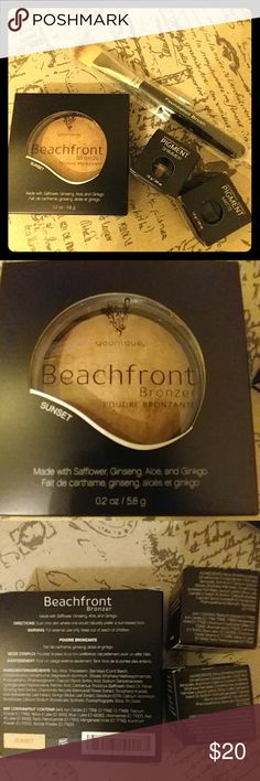 Makeup lot set Younique brand foundation brush, 2 pigment colors. You get a confident Shimmer, and a corrupted matte. And a beachfront bronzer sunset .and a new foundation brush. All new . never opened . younique Makeup