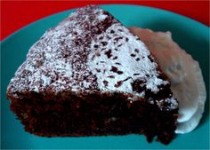 Utterly Scrummy Food For Families: Chocolate Banana Cake (via http://Utterlyscrummy.blogspot.co.uk