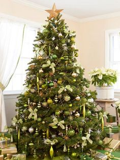 Spruced Up Trimmed in shimmering greens (chartreuse, celadon) and metallics (silver, gold), a twinkling Tannenbaum truly captures the limelight. Pale poinsettias in quiet containers enhance but don't upstage the palette. Green Christmas Decorations - Ideas for Lime Green Christmas Decorations - Good Housekeeping