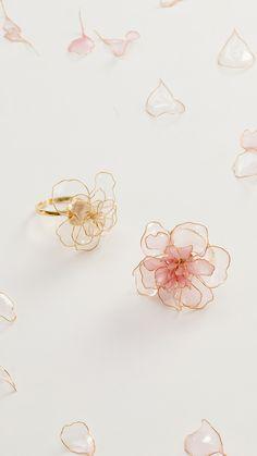 Do you know American Flower Dip Liquid? Do you know American Flower Dip Liquid? - Do you know American Flower Dip Liquid? Do you know American Flower Dip Liquid? Cute Jewelry, Wedding Jewelry, Diy Jewelry, Jewelery, Jewelry Accessories, Fashion Accessories, Fashion Jewelry, Jewelry Design, Jewelry Making