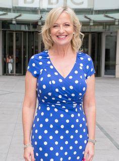 Carol Kirkwood in blue with white spots is a real tonic to start the day (Who needs viagra? Carol Kirkwood, Beautiful Women Over 50, Gentleman, Tv Presenters, Sexy Older Women, Celebs, Celebrities, Vintage Beauty, Bellisima