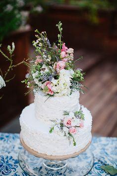 Beautiful Backyard Wedding | Atley Marks Photography | Bridal Musings Wedding Blog 2