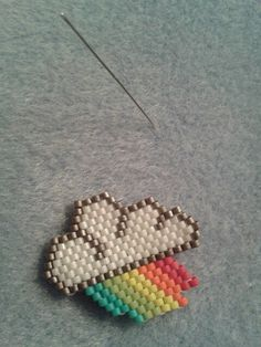 Brick stitch rainbow-cloud #motifmampapaye #mampapaye