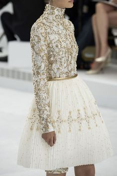 Details at Chanel Couture F/W 2014