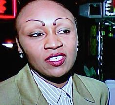 Hope She's Being Interviewed About Her Eyebrows Makeup Eyebrows Fail -- the piercings really pull that look together . NOT - srMakeup Eyebrows Fail -- the piercings really pull that look together . NOT - sr Funny Eyebrows, Crazy Eyebrows, How To Draw Eyebrows, Worst Eyebrows, Eye Brows, Bad Makeup, Eyebrow Makeup, Makeup Fail, Funny Stuff